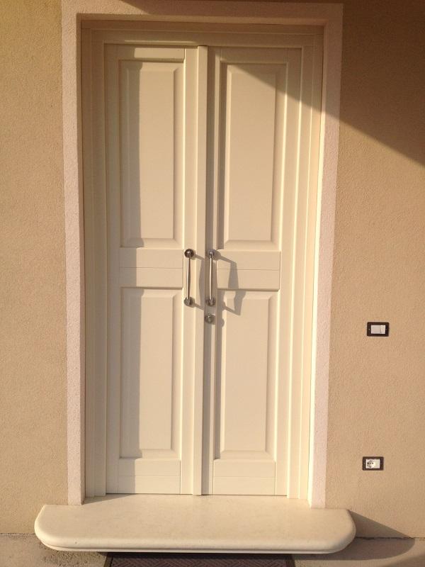 Portoncino d'ingresso bianco in legno FB F.lli Barbiero Serramenti